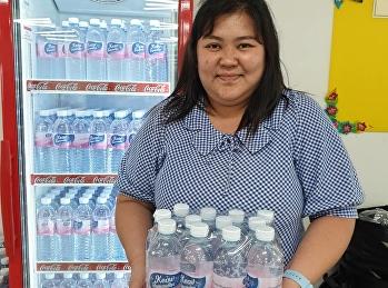 """ขอขอบพระคุณ คุณนฤมล ดีชัยยะ ที่อุดหนุนน้ำดื่มตรา """" Keaw Sunandha"""" (แก้วสุนันทา) น้ำดื่มสะอาด ปลอดภัย มีคุณภาพ ที่ได้รับรองคุณภาพจากองค์การอาหารและยา มีวางจำหน่ายที่ศูนย์อาหาร SKM Food Center"""